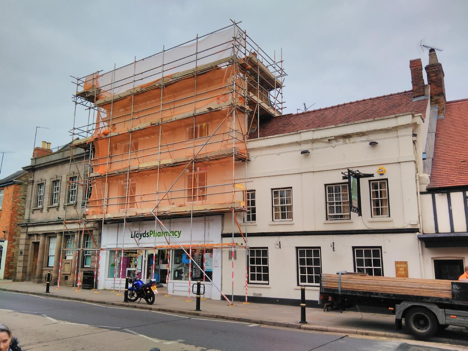 Painting and Roof Repairs Scaffold Towcester